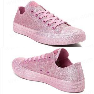 Converse Chuck Taylor All Star Lo Top Glitter Shoe